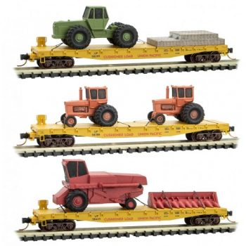 Micro-Trains 99301930 UP Union Pacific 40′ Flat 3pk. w/farm equipment